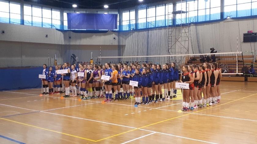 первенство волейбол калининград